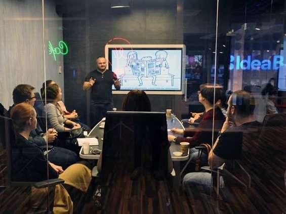 Bezpłatne warsztaty dla startupowców w przestrzeniach Idea Hub