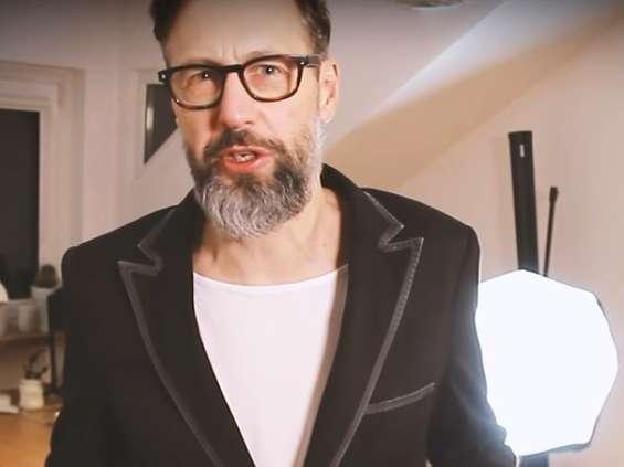 Szymon Majewski i Jakub Jankowski w kampanii Plusa [wideo]