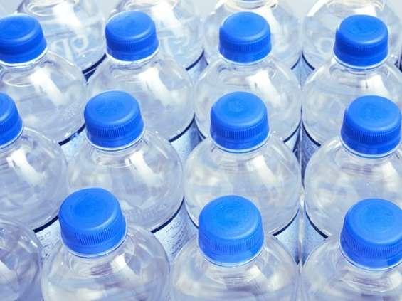 W Polsce pijemy dużo wody butelkowanej