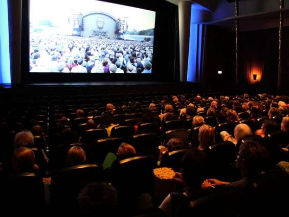 Kolejne weekendy w kinie coraz lepsze pod względem frekwencyjnym