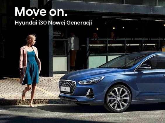 """Hyundai reklamuje model i30 hasłem: """"Move on. Nowy ideał samochodu"""""""