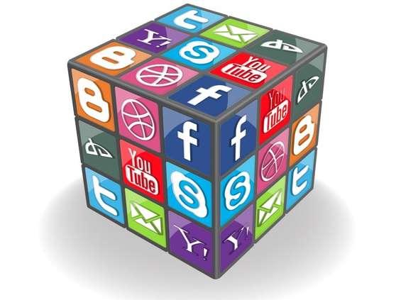 Zenith: 20 proc. globalnych budżetów reklamowych trafia do Google i Facebooka