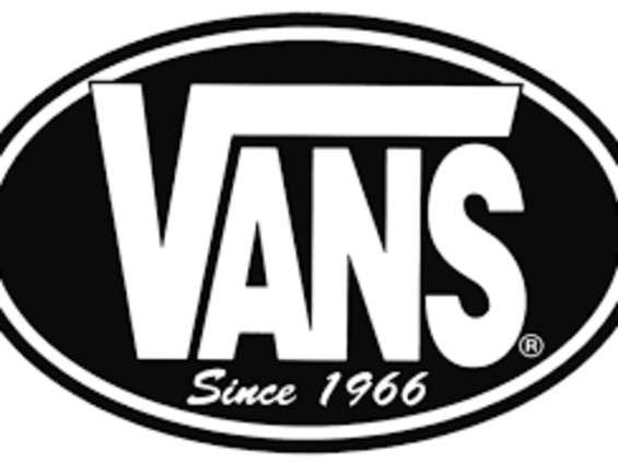 Vans dołącza do grona klientów Blame Us