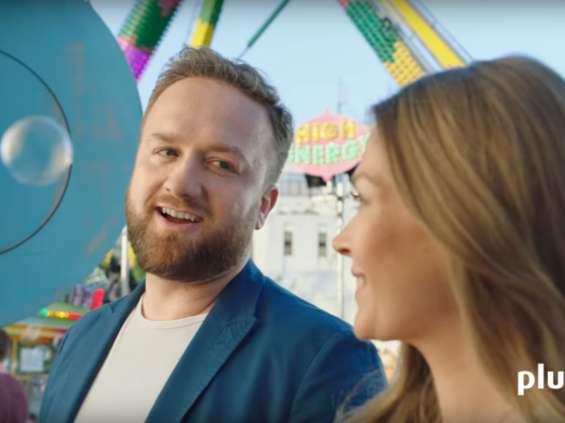 Tamara Arciuch i Bartłomiej Kasprzykowski reklamują Plusa [wideo]