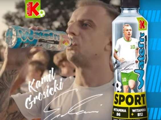 Kamil Grosicki w reklamie Kubusia Waterrr Sport