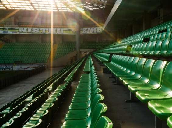 Deloitte: kibice przenoszą się ze stadionów i TV do internetu