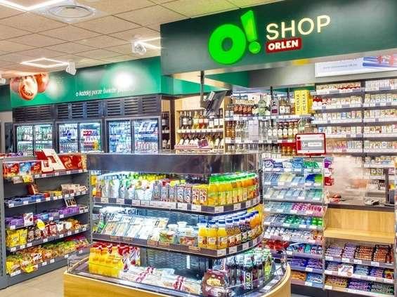 Orlen pod własną marką wprowadzi soki, słodycze i inne przekąski