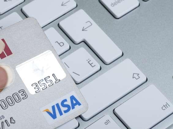 69 proc. Polaków korzystało już z płatności cyfrowych