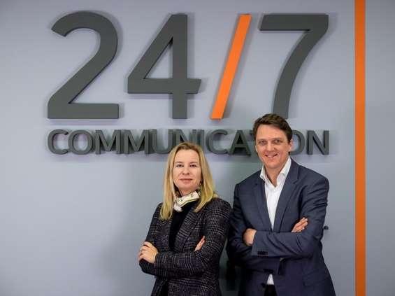 Headlines-Porter Novelli łączy się z 24/7Communication