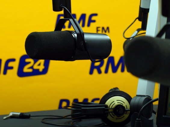 Radio Track: RMF FM wzmacnia swoją pozycję, traci radio publiczne