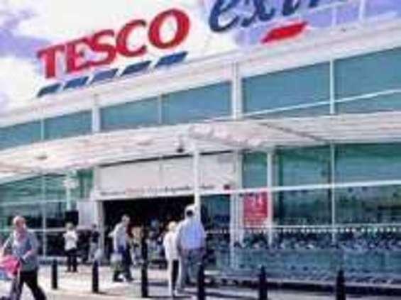 Tesco zamknie w Polsce kolejnych 18 marketów