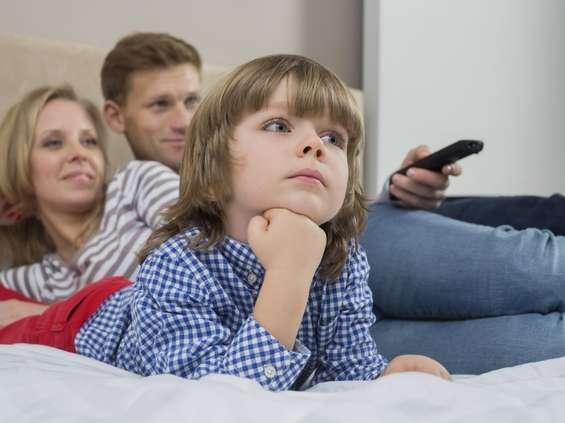Wavemaker: polscy 20- i 30-latkowie najchętniej kupowaliby telewizję àla carte