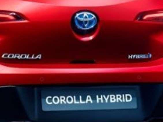 Auris znowu będzie Corollą