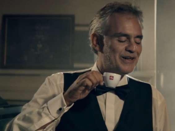 Andrea Bocelli ambasadorem marki Illy [wideo]