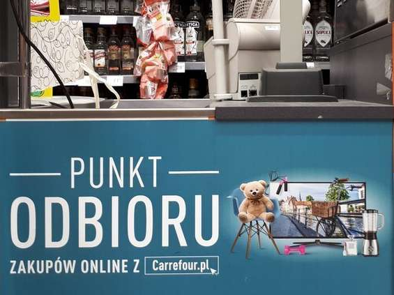 Carrefour wprowadza click & collect do sklepów osiedlowych