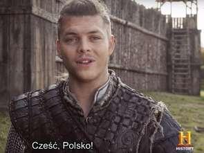 """Aktorzy z serialu """"Wikingowie"""" składają Polakom życzenia z okazji 100-lecia niepodległości"""