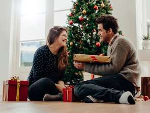 Mindshare: prezenty najczęściej kupujemy dla partnerów i mam