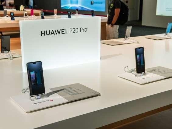 Jeden z dyrektorów Huawei Polska oskarżony o szpiegostwo