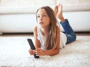 Podczas strajku nauczycieli rośnie liczba dzieci przed telewizorami