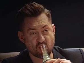 Marcin Prokop w kampanii marki Schweppes [wideo]
