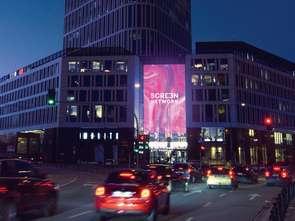 Super Screen na Placu Unii Lubelskiej w Warszawie