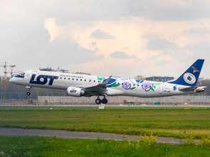 Samolot PLL LOT w kolorach Śliwki Nałęczowskiej