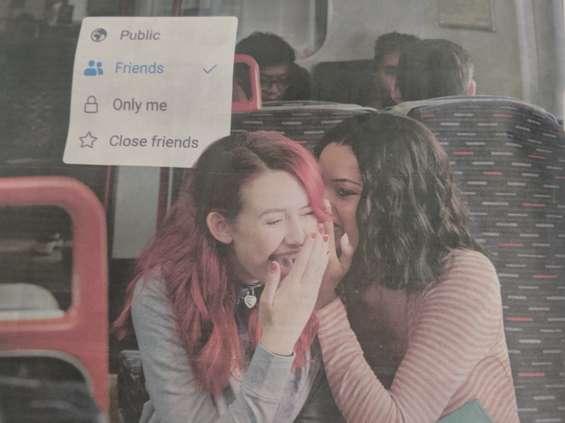 Jak działają algorytmy w social mediach: Facebook