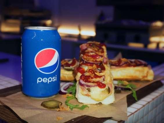 Pepsi zachęca, by postawić ją na stół [wideo]