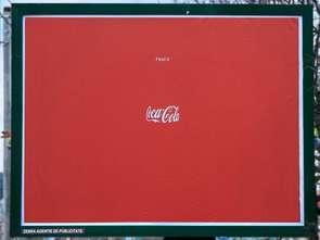 """Coca-Cola z minimalistyczną kampanią """"Feel it"""""""