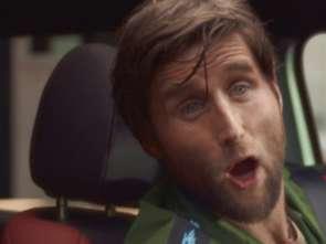 """Mercedes reklamuje model GLA jako SUV-a dla """"mieszczuchów"""" [wideo]"""