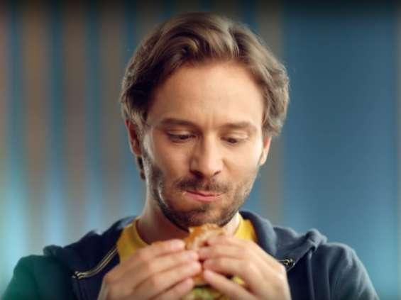 McDonald's zapewnia, że poprawia smak swoich kanapek [wideo]