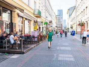 Warszawa tętni życiem jak przed lockdownem
