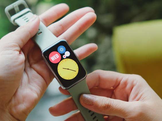 Ipsos dla Huawei: dwóch na trzech Polaków rozważa zakup smartwatcha