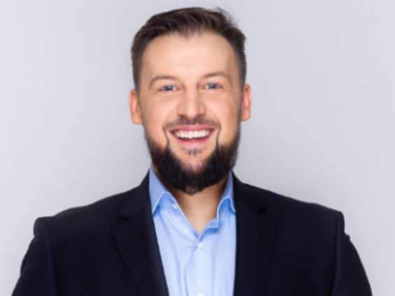 Krzysztof Szumski awansuje na dyrektora zarządzającego w One House