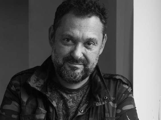 Arek Tomiak reprezentowany przez Papaya Films