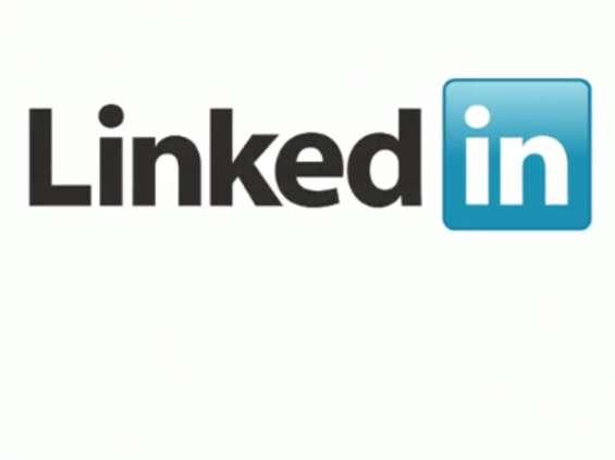 Jak połączyć profile na LinkedIn?