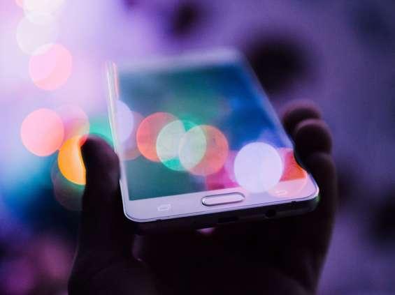 Duże zmiany na rynku smartfonów w Polsce