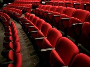 Żadna z największych sieci nie otworzy kin 12 lutego