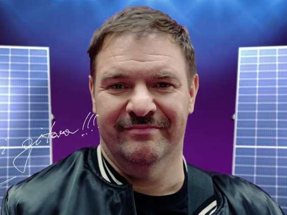 Tomasz Karolak w kampanii Sunday Polska [wideo]