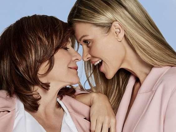 Joanna Krupa z matką w kampanii perfumerii Douglas [wideo]