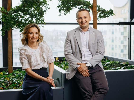 Group One wspólnie z Hmmh AG kupuje większość udziałów w LIKE.agency