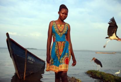 Modelka w sukience Addis Abeba. Jeden z pierwszych projektów Kokoworld