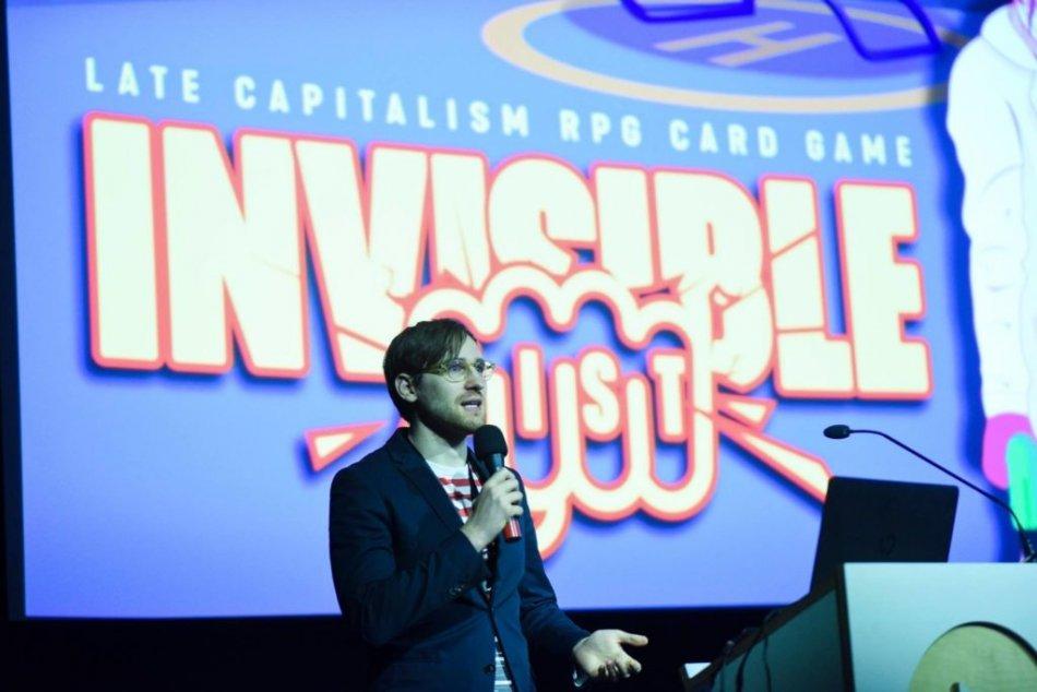 Invisible Fist w trakcie festiwalu Games for Impact. W czerwcu Failcore zaprezentuje grę również w trakcie konferencji Games for Change w Nowym Jorku.