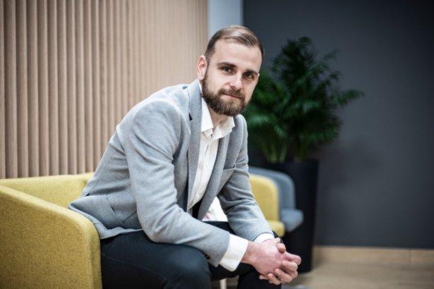 Kamil Szczęsny - fot. Quick Brown Fox Studio